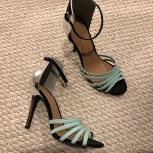 Shoes - Silver Mint Heels